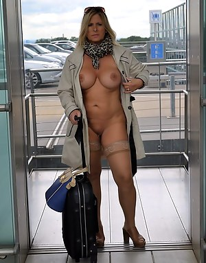Free MILF Reality Porn Pictures
