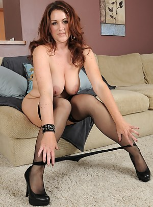 Free MILF Stockings Porn Pictures